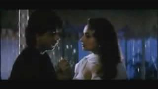 Repeat youtube video Shahrukh Khan romantic scene