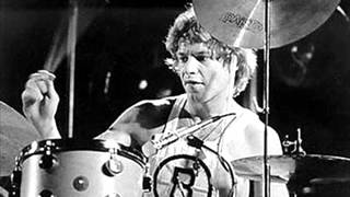 Bill Bruford - Beelzebub; Album - feels Good To Me