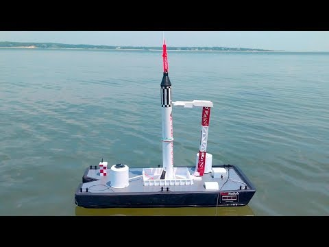 Model Rocket Launch AT SEA: Water Landings, Crashes, and Other Misadventures