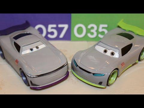 Mattel Disney Cars 3 Ronald Junyi Rust Eze Racing Center Next Gen Trainees