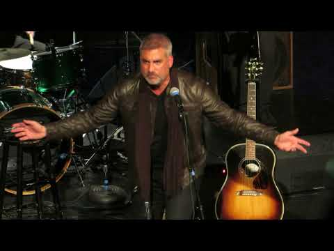 Taylor Hicks covers Young Turks