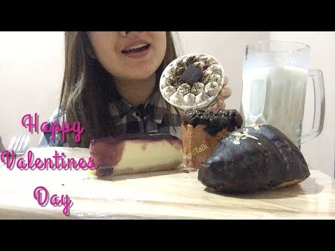 ASMR : cheesecake, chocolate croissant,muffin& tiramisu cake *EATING SOUNDS* l NO TALKING.