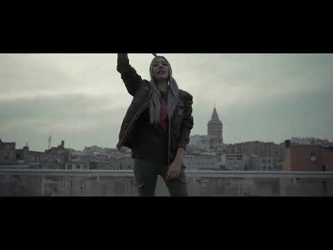 Pi ft  Emrah Karakuyu   Komik Olma Official Video