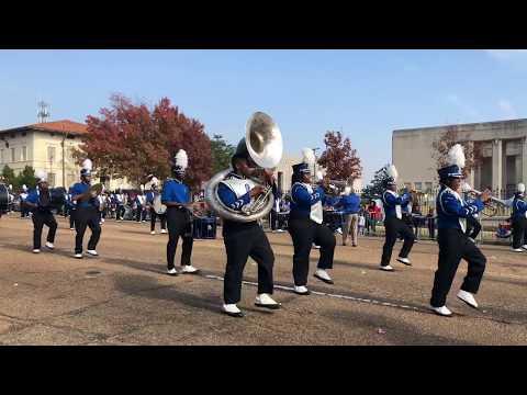 Murrah High School Marching Band at the 2017 City of Jackson Holiday Parade