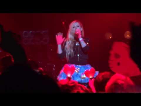 Avril Lavigne Hello Kitty at Zepp Nagoya 2014.8.13