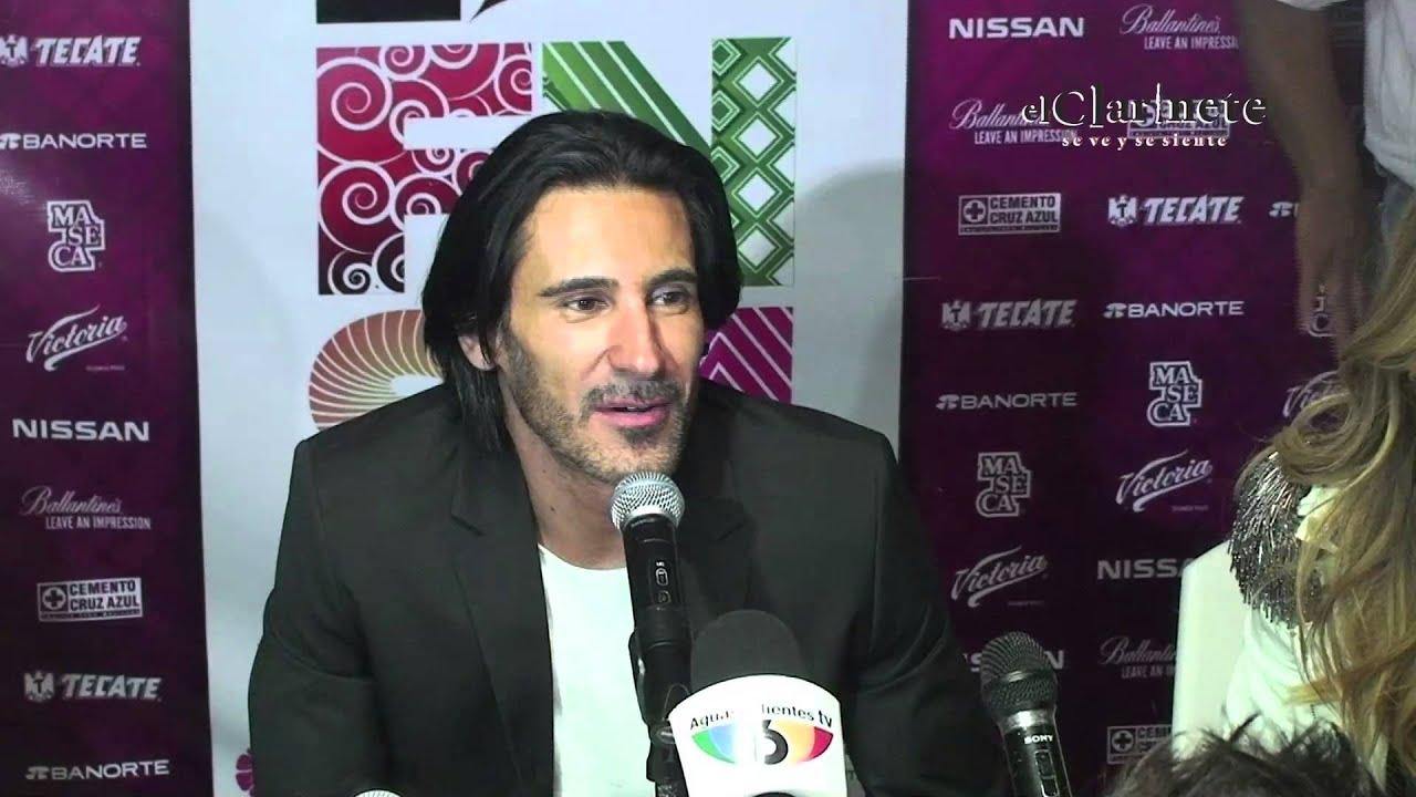Marco di mauro deleit a sus fans en la fnsm 2015 youtube for Di mauro arredi zafferana