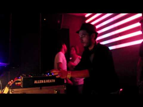 Pool DJ @ Cafe´1001 (London - UK)...