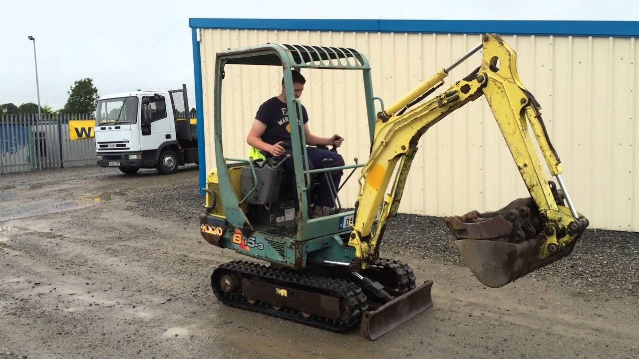 Employ a Mini Digger For Plant Construction