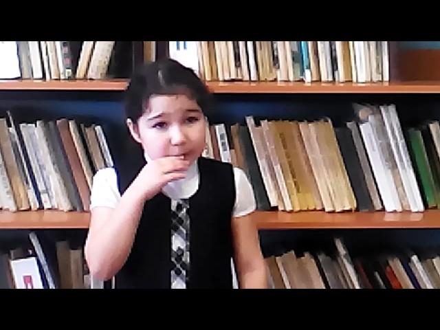 Изображение предпросмотра прочтения – ЕлизаветаРоманова читает произведение «Что такое хорошо и что такое плохо» В.В.Маяковского