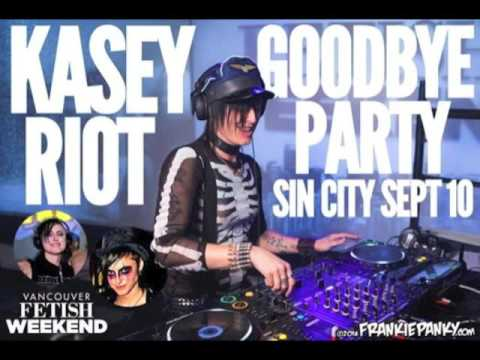 Kasey Riot - SIN CITY 002 (Live at Vancouver Fetish Weekend 2016)