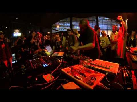 Akin Boiler Room Brazil x Skol Beats Live Set