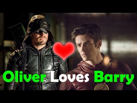 Oliver Loves Barry! Stephen Amell Enjoys The Flash/Arrow Crossover With Grant Gustin!
