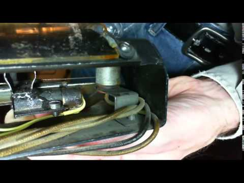Rogers Majestic 7M632 Vacuum Tube Radio Video #12 - Installing Dial Light