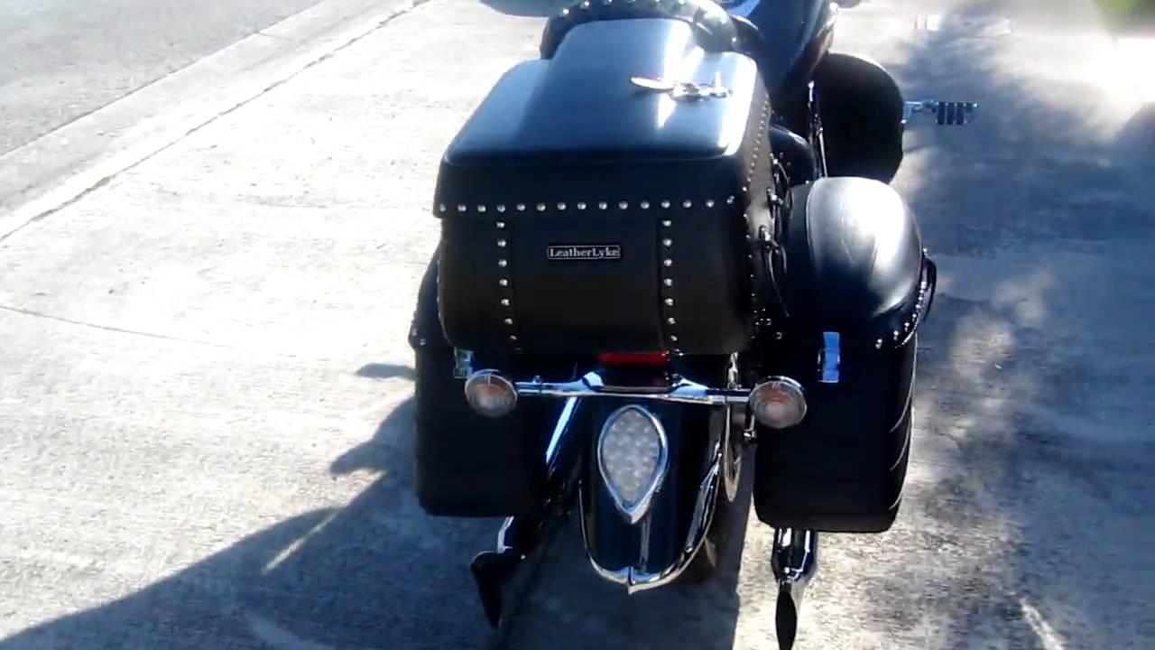 Mustang hard motorcycle saddlebags youtube for Yamaha raider hard saddlebags