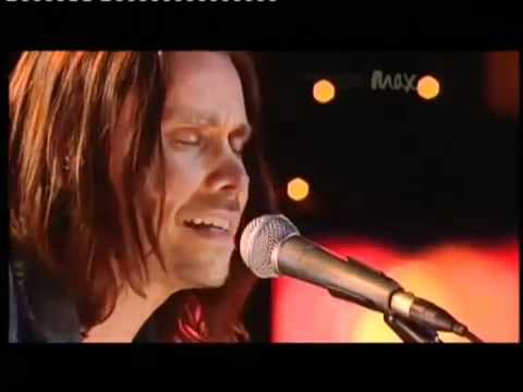 Sweet Child O' Mine   Rare Acoustic   Slash   Myles Kennedy   Live Max Sessions 2010 HQ   YouTube