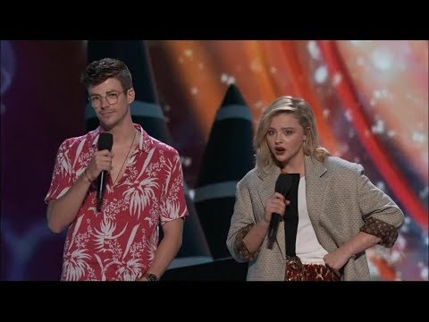 Grant Gustin and Chloe Moretz Present Choice Drama Movie Actor | Teen Choice Awards 2018