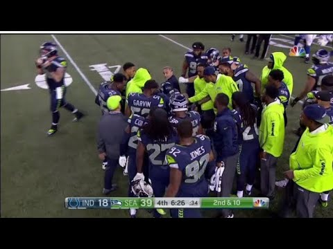 Gruesome Chris Carson Injury! Carted off Field in 4th Quarter!