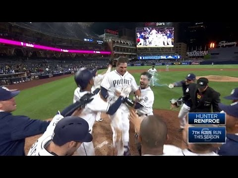 MIL@SD: Renfroe belts a walk-off homer in...