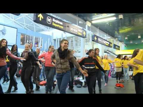 Flash mob in Vilnius airport