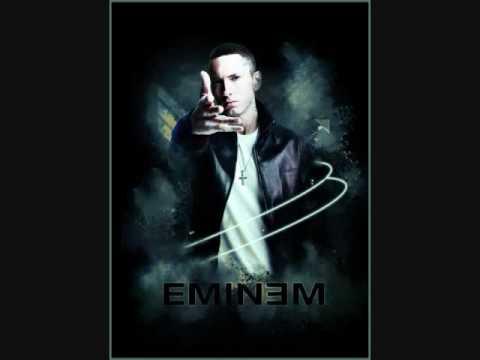 Eminem shows Lil Wayne who's The Best Rapper Alive