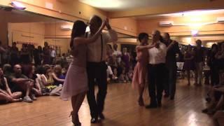 esibizione della classe di Tango Argentino alla festa della scuola di Tavola Tonda