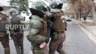 Chile: Violent clashes erupt between student protesters and police