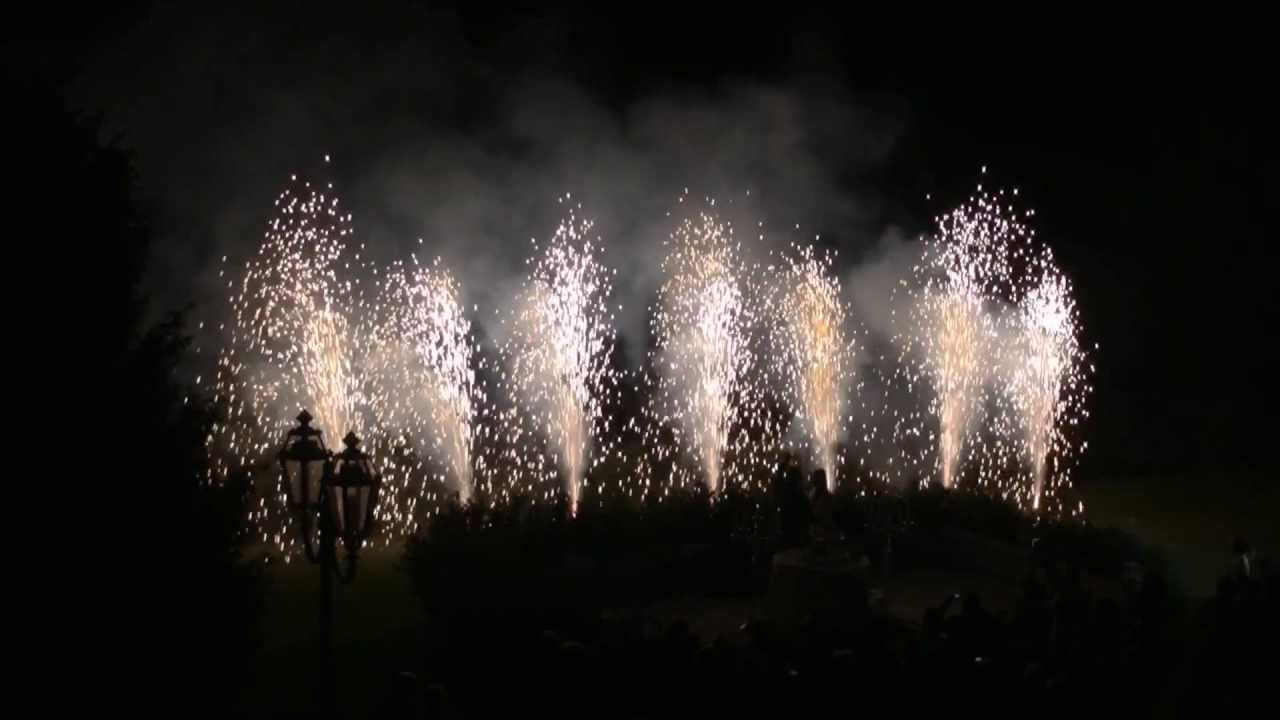 Fuochi artificiali con musica per matrimonio - YouTube