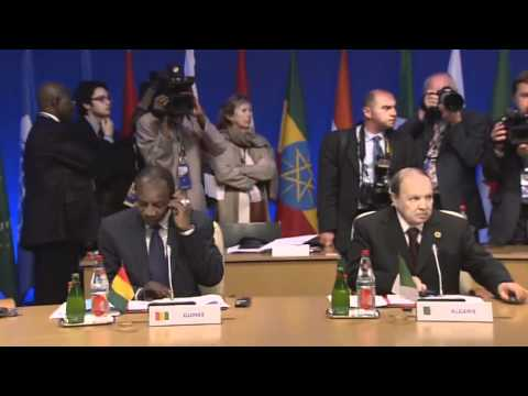 G8 meets in Deauville, France: enlarged meeting (raw video)