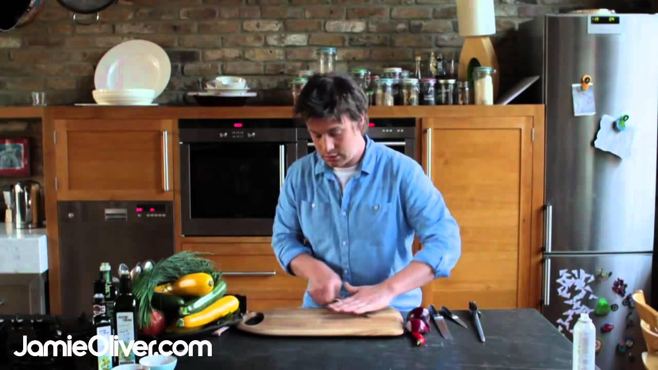 jamie oliver on knife skills \u2013 30 minute meals jamie oliver