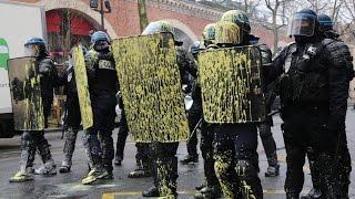 Paris loi travail Acte III 31/03:  manifestation sous tension entre le MILI et les forces de l'ordre
