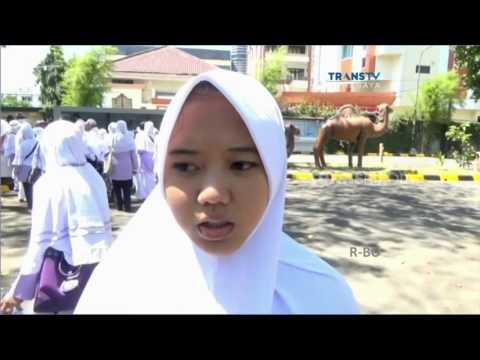 Remaja SMA Jadi Calon Haji Termuda