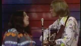 John Denver & Cass Elliot - Leaving, On A Jet Plane (08/19/1972)