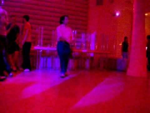 The Seductive Dance of the Asian Traveler...