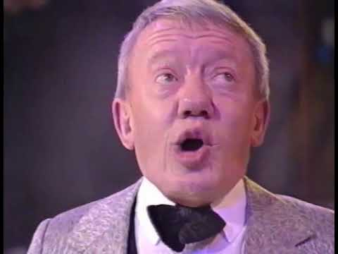 Kenny Baker - interview and performance on the James Whale Show - Star Wars