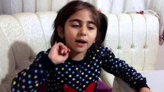 Ninem Kocaman Gözlüklü Çizgili Çizgili Önlüklü Çocuk Şarkısı