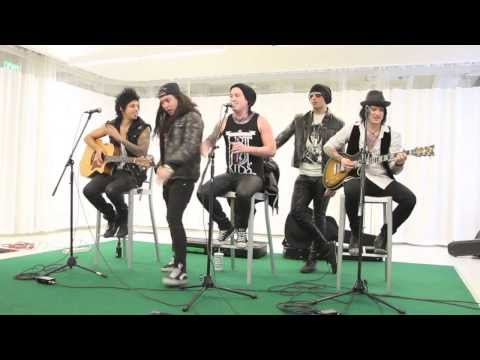 Escape the Fate - You're Insane - Acoustic Live Unplugged Version - Connor