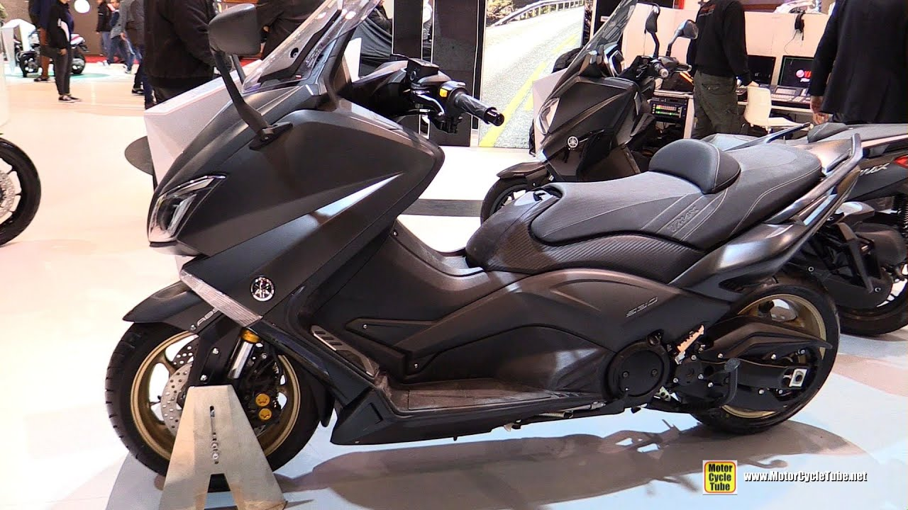 2016 yamaha tmax iron max abs 530 walkaround 2015 salon de la moto paris youtube. Black Bedroom Furniture Sets. Home Design Ideas