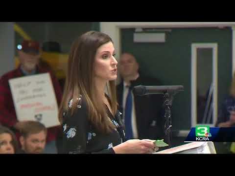 Oak Ridge High community voices concerns after threat against school, teacher