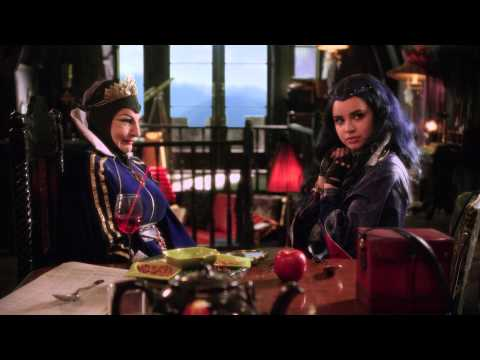 Extended Trailer | Disney Descendants