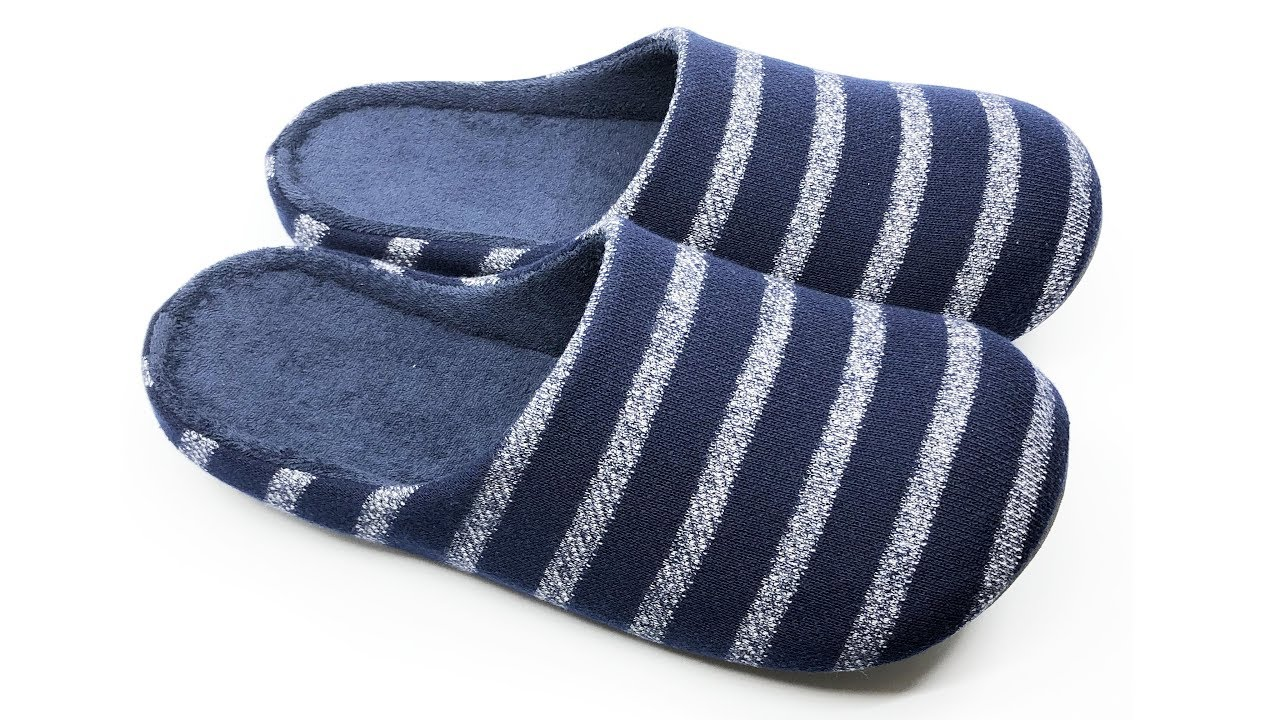 f720d9d26f9a Uniqlo Room Shoes (Slippers) Unisex Navy 4K  - YouTube