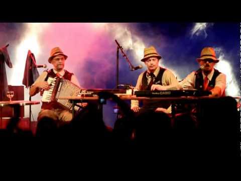 ELÄKELÄISET - Humppaukaasi - 09.04.2011 - live