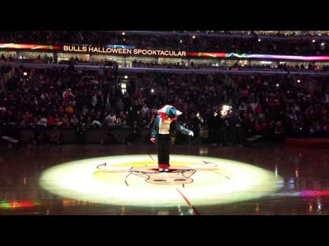 Chicago Bulls Halloween Halftime Show 10/31/14