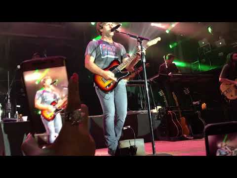 Cowboys Billy Currington - It Don't Hurt Like It Used To LIVE 2017