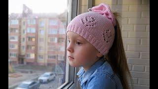 Ажурная шапка для девочки. Вяжем спицами. Видео урок. МК.