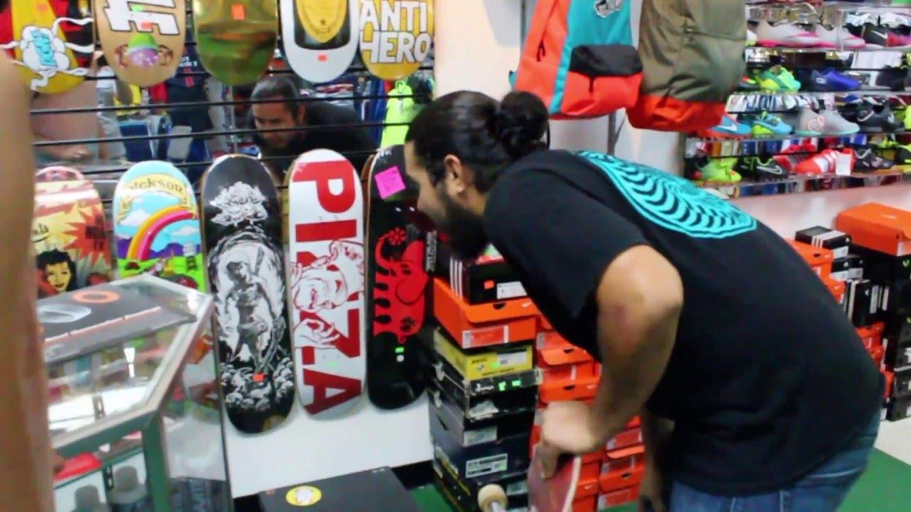 hot sale online bfc21 8015a Board setup at the skate shop