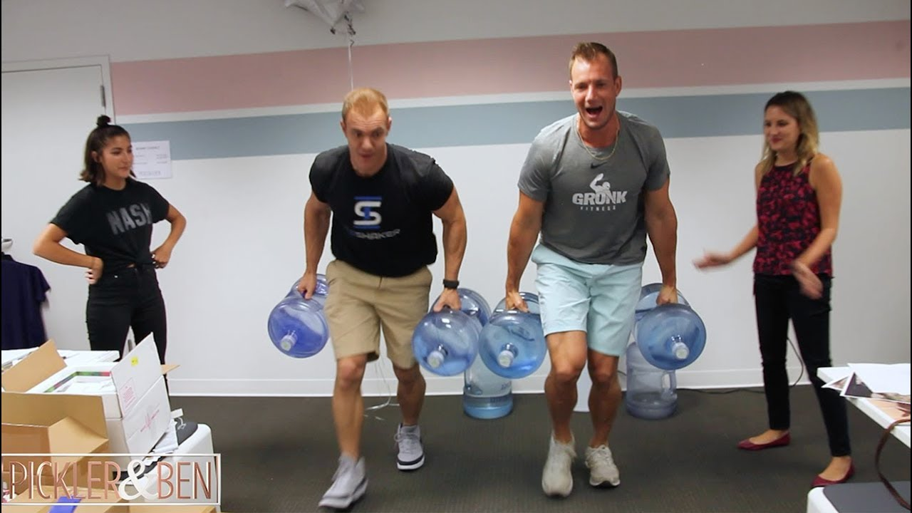 The Gronk Brothers Surprise The Pickler Ben Team With A Fitness Challenge Picker Ben