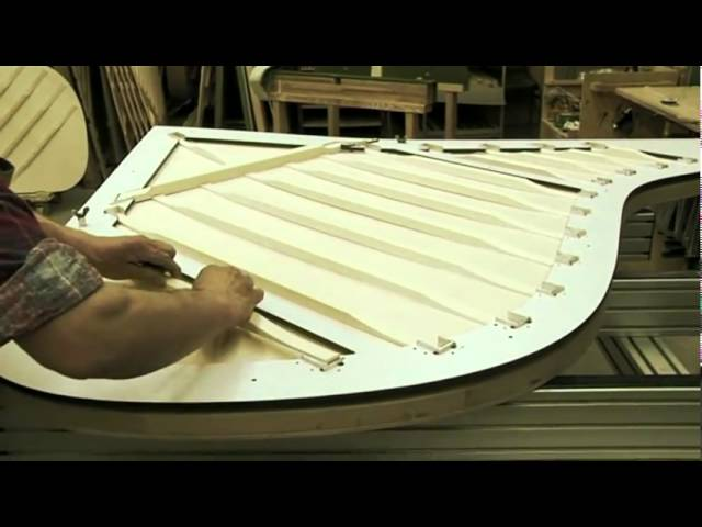 Manufacturing of Bechstein Pianos 3/12 - The soundboard