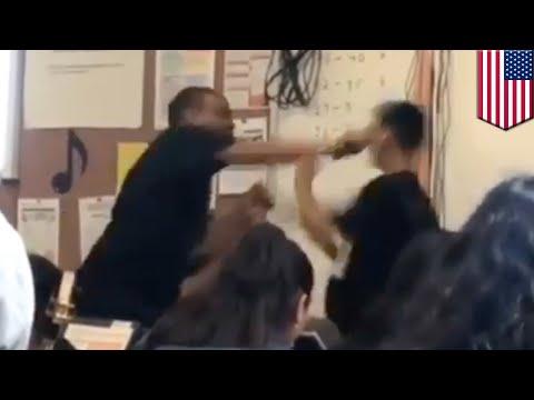 暴言を吐く学生を殴った教師 - トモニュース