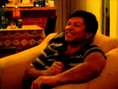 CANTANDO KARAOKE LEO DAN EN VERSION UBALDO HURTADO.