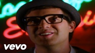 Watch Mayer Hawthorne Dreaming video